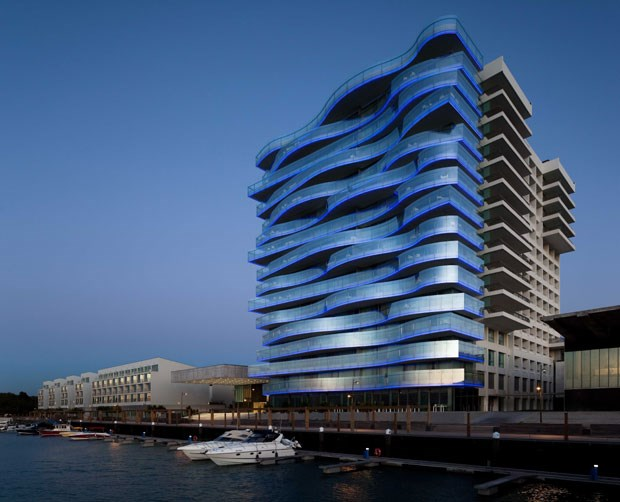 Tr ia anima se com o ver o do casino life style for Design hotel troia