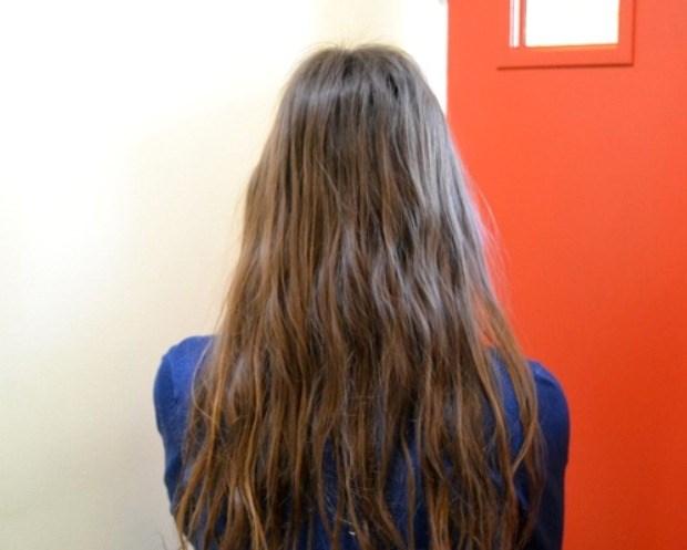 O cabelo de Amber um mês depois de aderir ao No Poo.