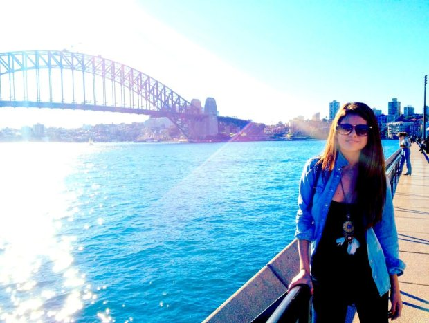 """A 19 de Julho, a cantora Selena Gomez partilhou no Facebook uma fotografia típica de turista. No post escreveu: """"A Austrália foi mágica""""."""