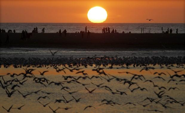 CHILE, 15.07.2012. A voar ao longo da costa de Viña del Mar