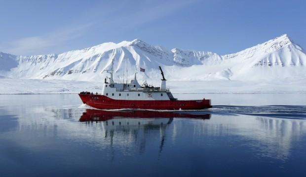 NORUEGA, 22.07.2012. A navegar nas ilhas de Svalbard