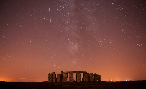 Sobre Stonehenge, Inglaterra. 12/08/2010