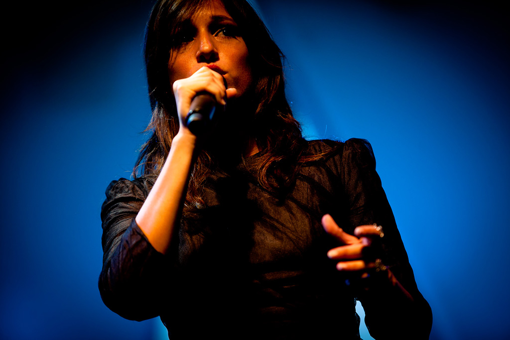 Carminho vai gravar com gigantes da música brasileira