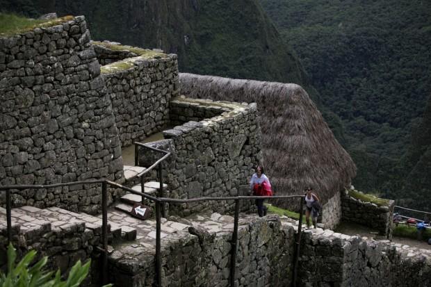 Turistas nas ruínas