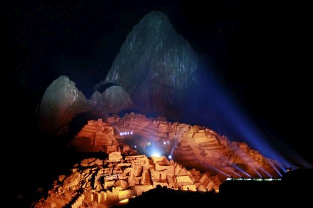 Em 2011, um festival de luzes durante as celebrações do centenário da descoberta científica da citadela.