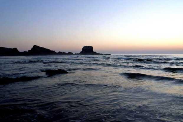 Praias urbanas: Zambujeira do Mar. Odemira - Beja, Alentejo