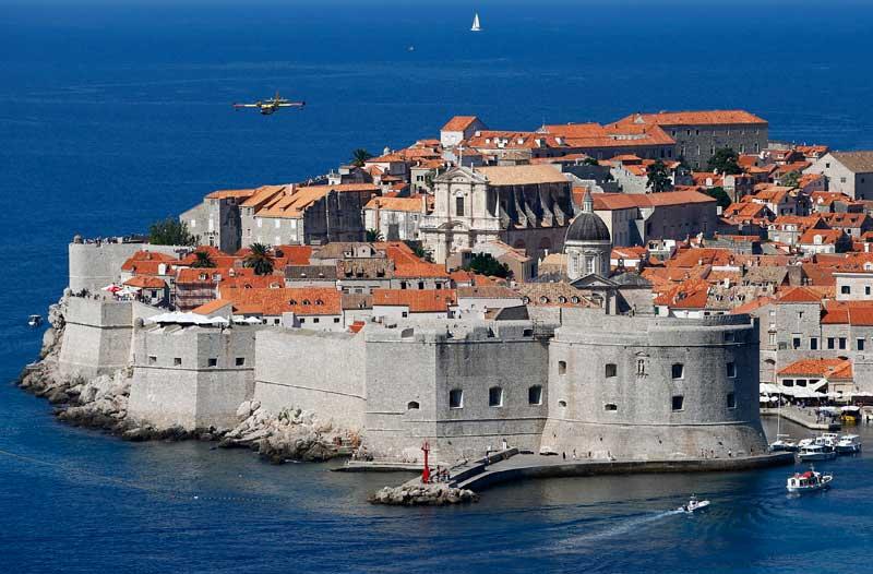 CROÁCIA, 27.08.2012. Panorâmica da cidade medieval de Dubrovnik, Património UNESCO.