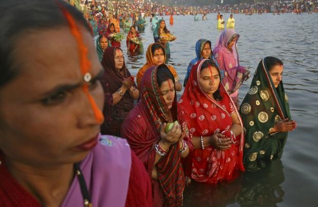 Orações em Chandigarh, Índia