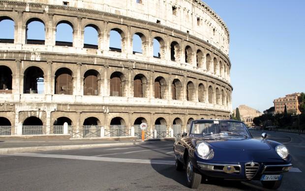Um clássico Alfa Romeo (Spider