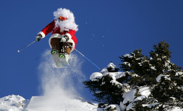 E ainda mais desportivo: um pró do esqui (Alberto Ronchi) em salto na neve de Madonna di Campiglio