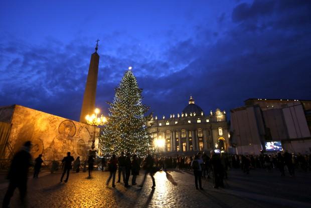 A árvore de Natal do Vaticano, na praça de São Pedro.