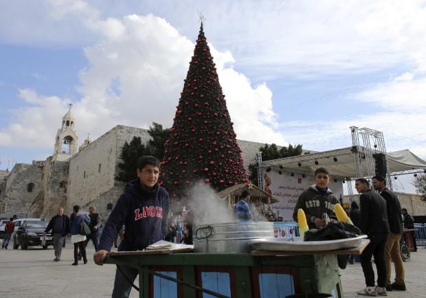 Vendedores de milho na praça perto da Igreja da Natividade, Belém, Cisjordânia