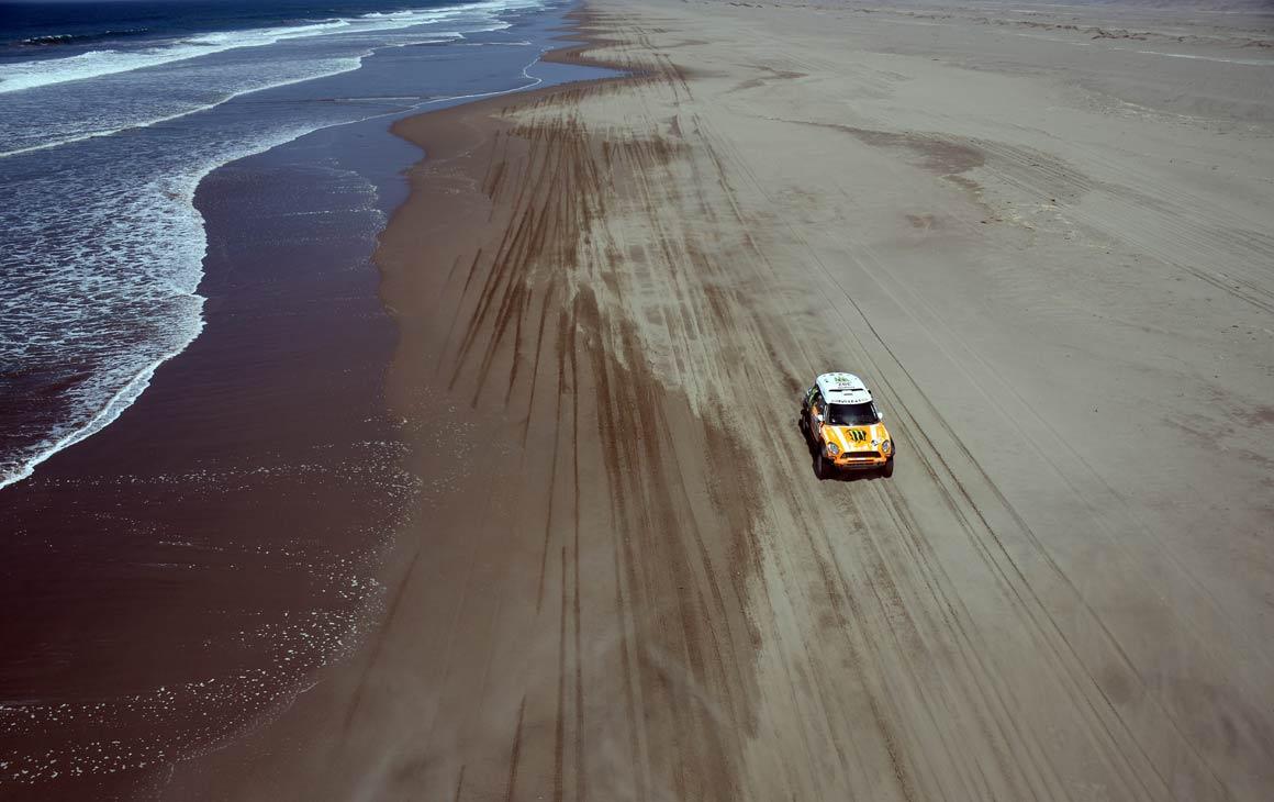 Um dos pilotos da Mini na etapa entre Nazca e Arequipa, no Peru