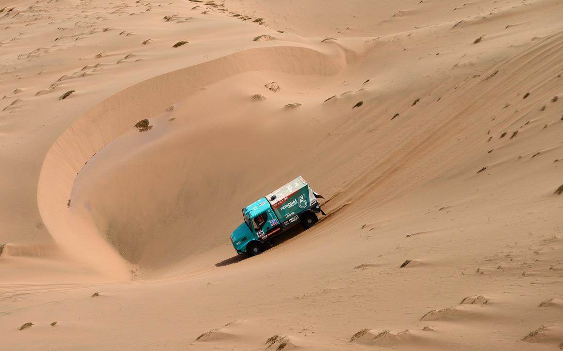 O holandês Gerard De Rooy e a vertigem do buraco nas dunas