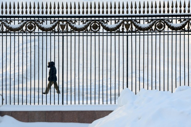 RÚSSIA, 21.01.2013. A passear ao pé do parque Gorky, Moscovo