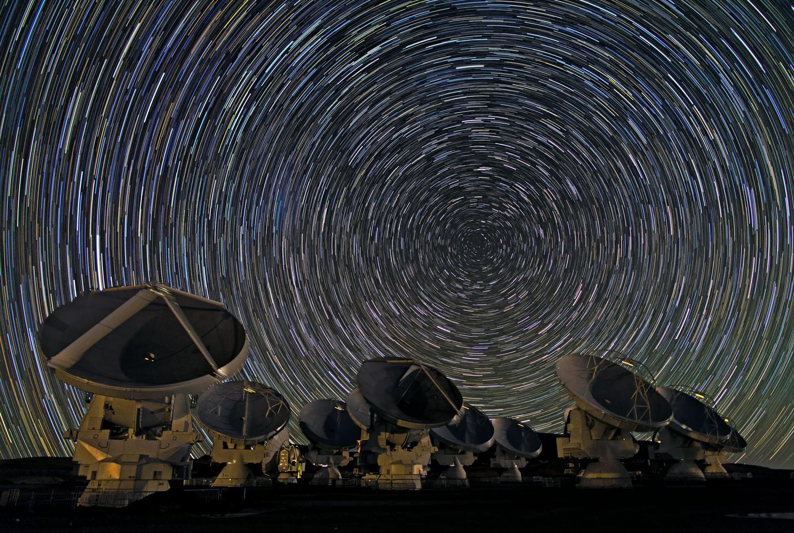 Terra abre os olhos para procurar a origem do Universo com ALMA