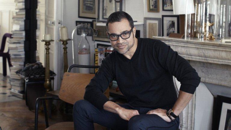 Em 2010, a marca ressuscitou com Sacha Walckhoff, assistente de Lacroix durante 17 anos, como director criativo