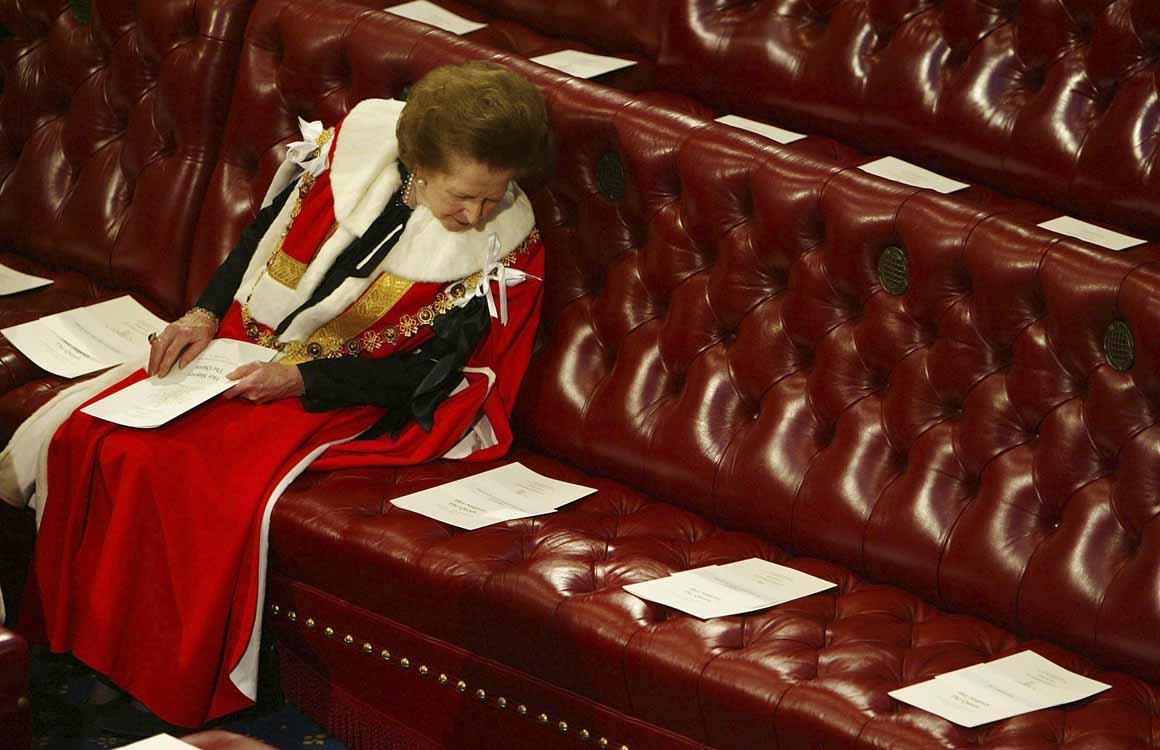 Em 2002, à espera do discurso da Rainha Isabel II na abertura da Câmara dos Lordes