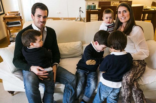 Gonçalo e Susana têm ao todo quatro filhos: um em comum e três dos antigos casamentos