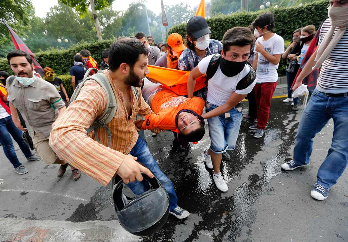 Os protestos são descritos como os mais violentos dos últimos anos