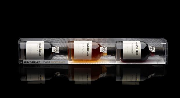 O conjunto de três pequenas garrafas custa €22