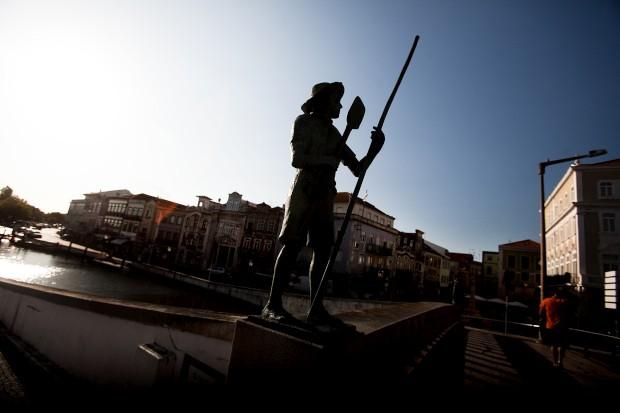 Aveiro, homenagem aos moliceiros