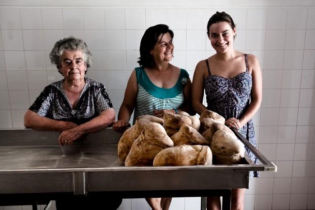 O pão. Padaria Calisto, Aldeia da Venda, Santiago Maior, Alandroal