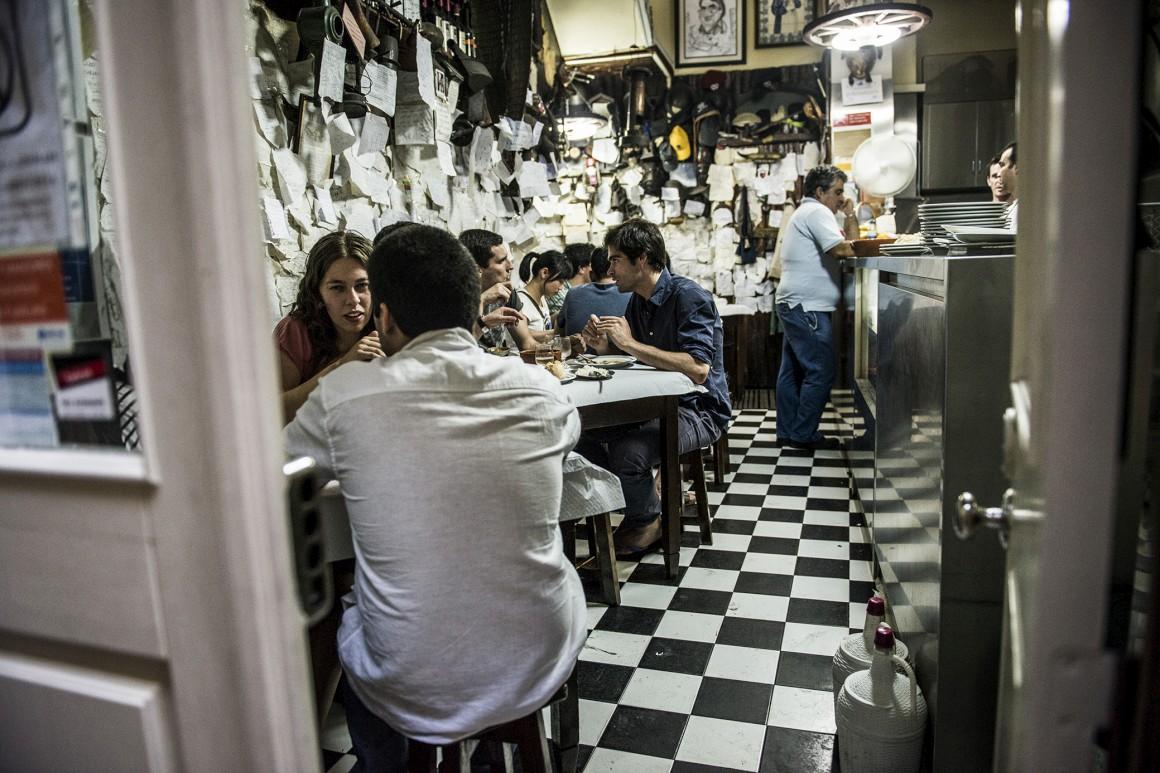 20h30, jantar no Zé Manel dos Ossos