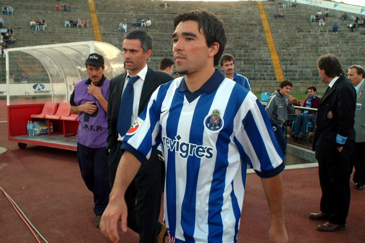 Deco with former manager, Jose Mourinho