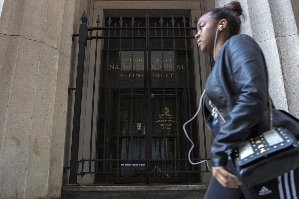 Ainda em Nova Iorque, também o Federal Hall National Memorial está fechado