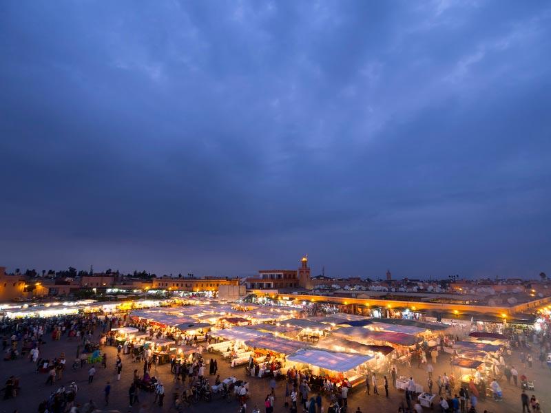 Marraquexe, Praça Jemaa el-Fnaa, um espelho das cores e vida de todo o país