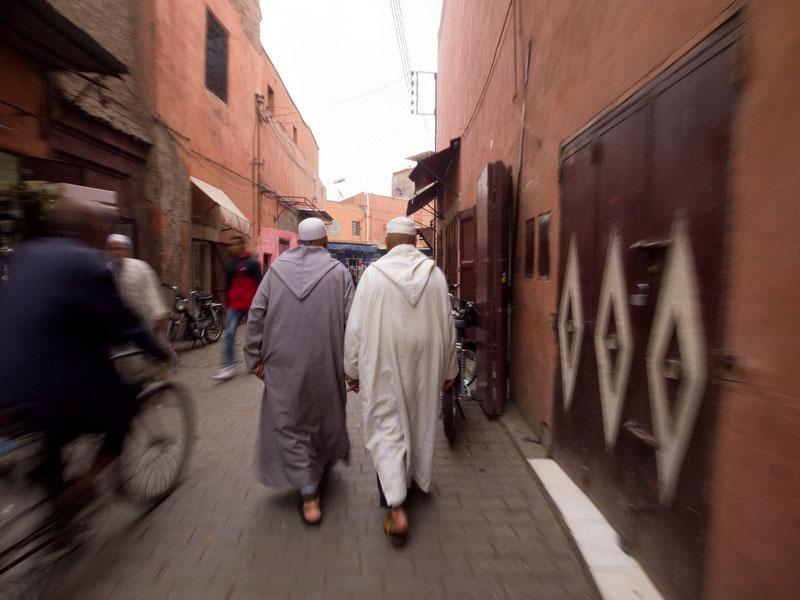 """""""Se virem dois homens de mão dada não estranhem"""", dir-nos-ia um dos guias marroquinos"""