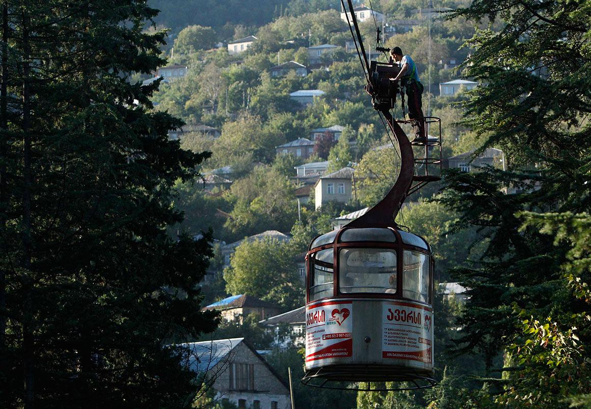 Chiatura, uma cidade montanhosa com 20 000 habitantes, tem como meio de transporte privilegiado o teleférico