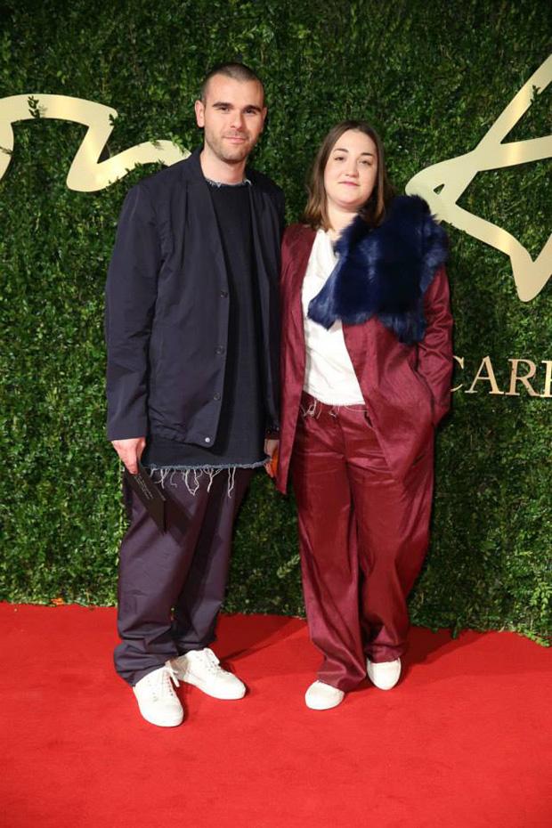 Marta Marques e Paulo Almeida, a dupla criativa por detrás dos Marques'Almeida, estavam nomeados na categoria de Emerging Womenswear Designer