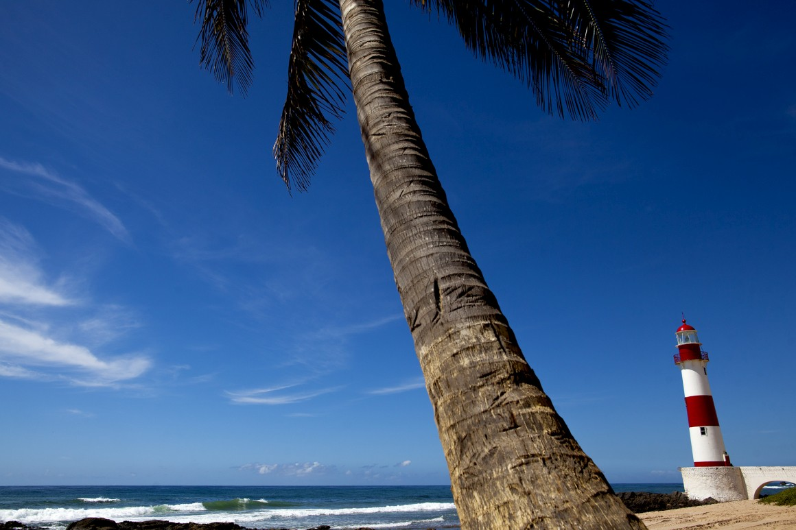 O farol na praia de Itapoã, junto à casa de Vinicius de Moraes