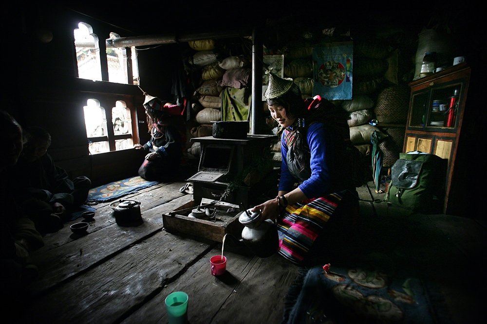 Timothy Allen (Reino Unido): Travel Photographer of the Year 2013, Cutty Sark Award - : Laya, Butão