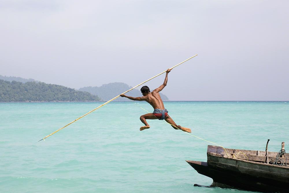Vanishing & Emerging Cultures, louvor: Cat Vinton (Reino Unido): Mar de Adamão, Oceano Índico