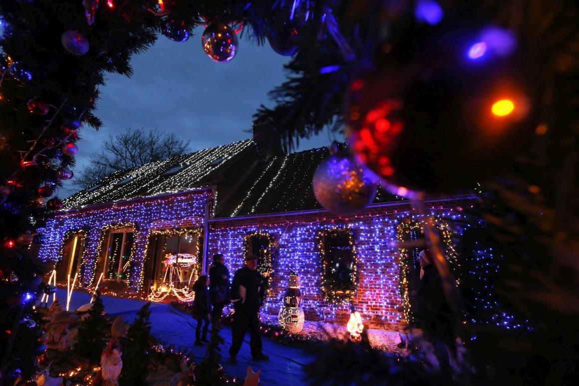 França, Paillencourt. Uma casa decorada para o Natal