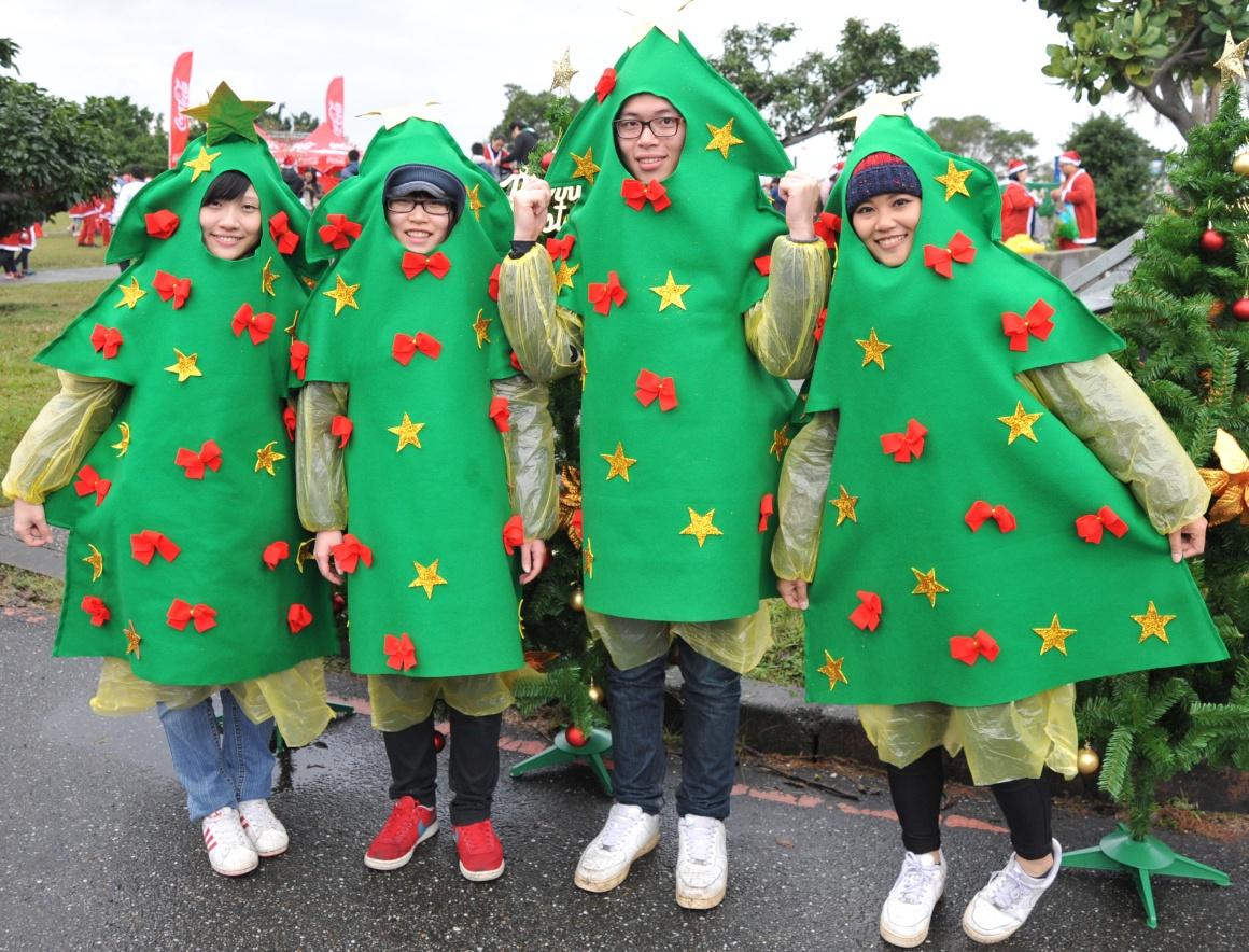 Taiwan, Taipé, participantes numa corrida de Natal
