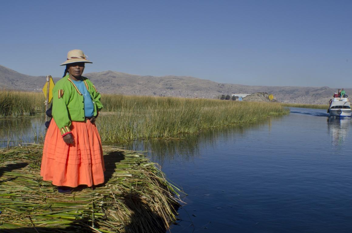 Peru. Ilha dos Uros