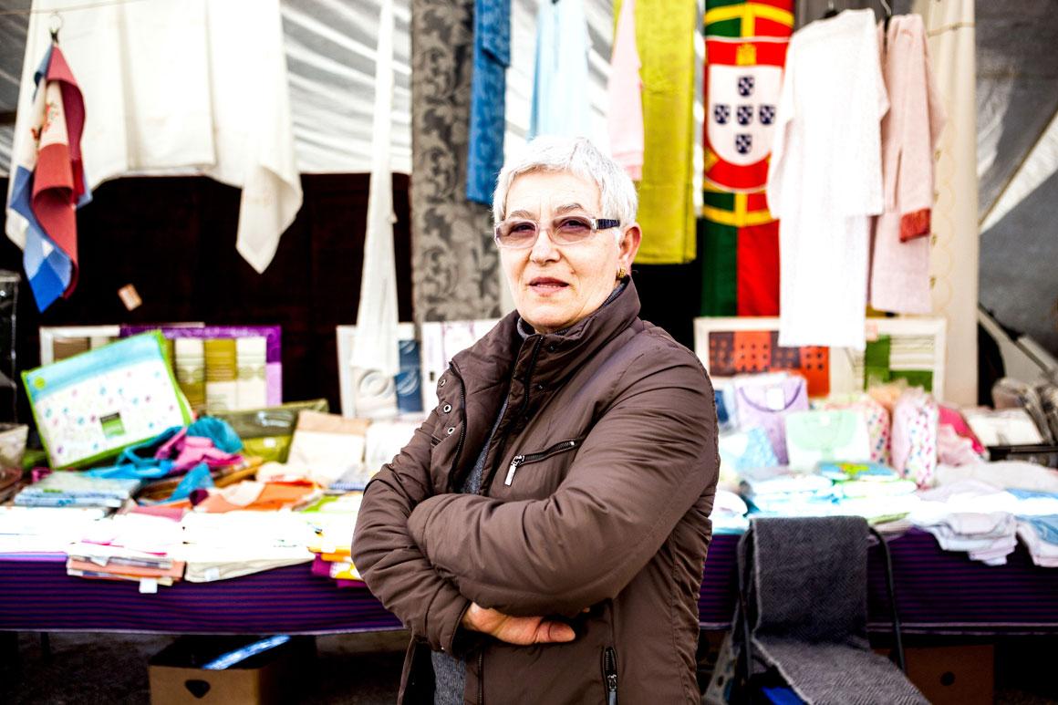 Maria Amélia Almeirão, 65 anos, feirante em Alcanena