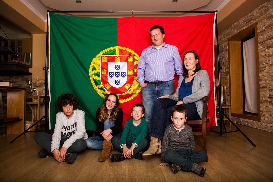 Ana e José Batista, 44 anos, têm quatro filhos e pertencem à Associação de Famílias Numerosas