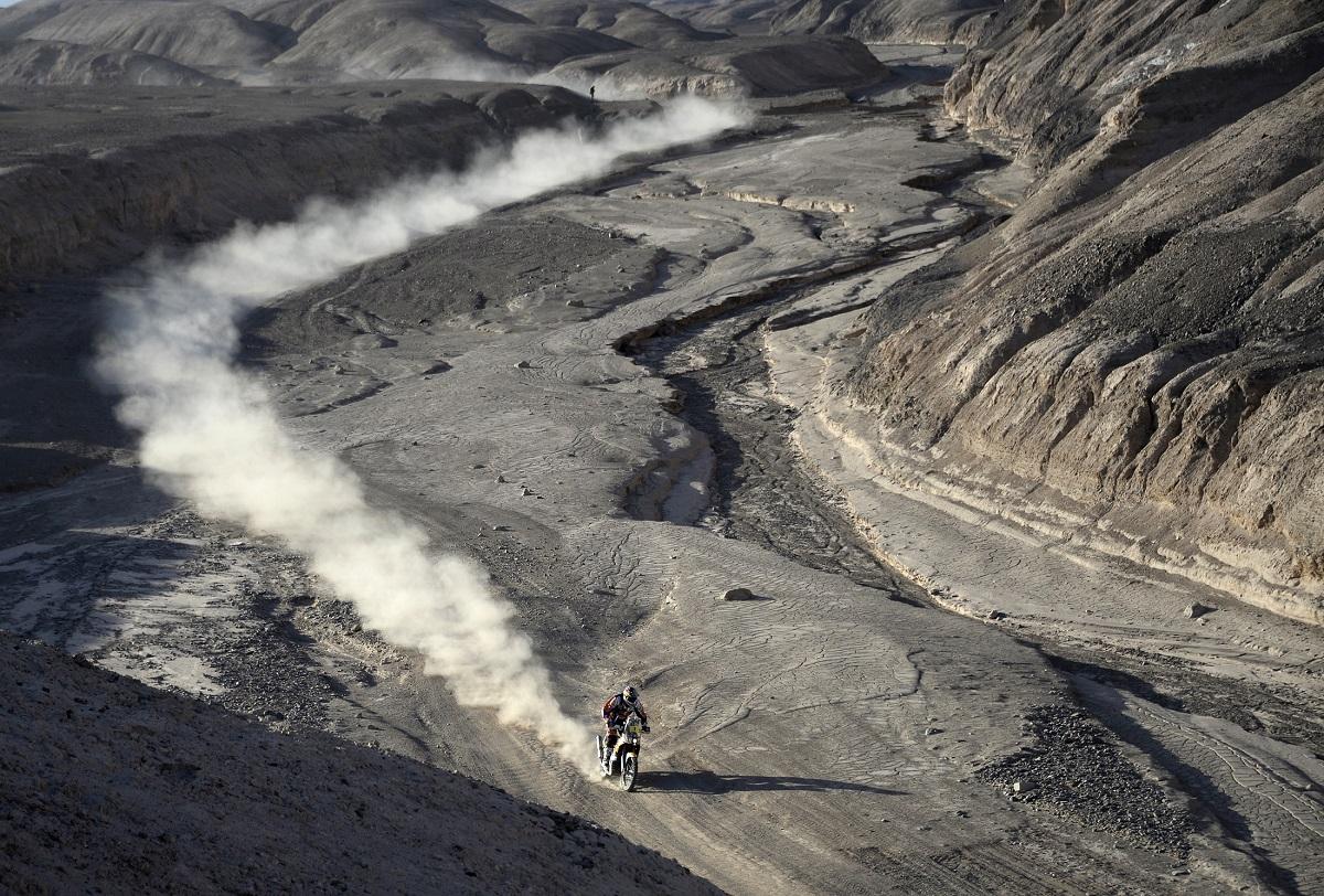 2014-01-14. Marc Coma de KTM entre Calama e Iquique, no Chile