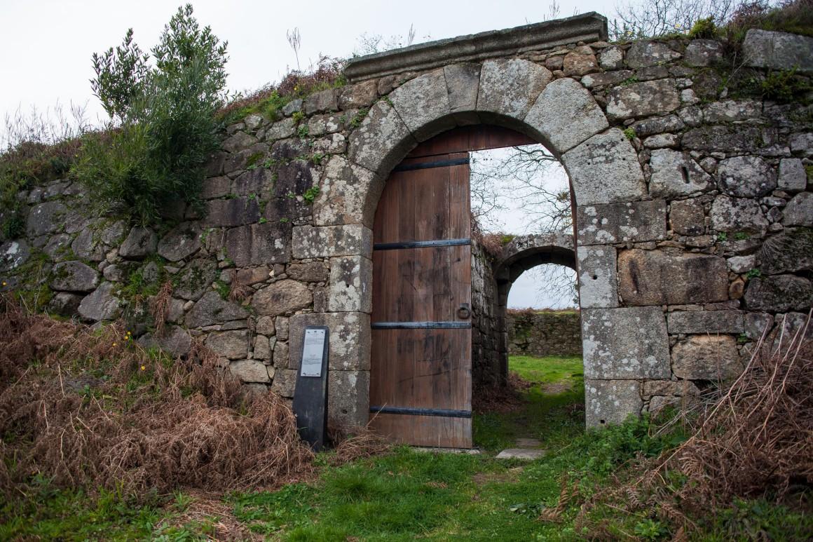 Forte de São Francisco, mais conhecido por Forte do Lovelhe
