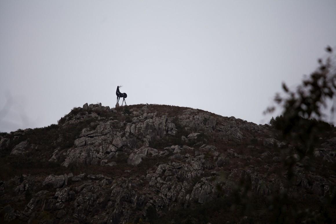 Miradouro do Cervo, escultura de José Rodrigues