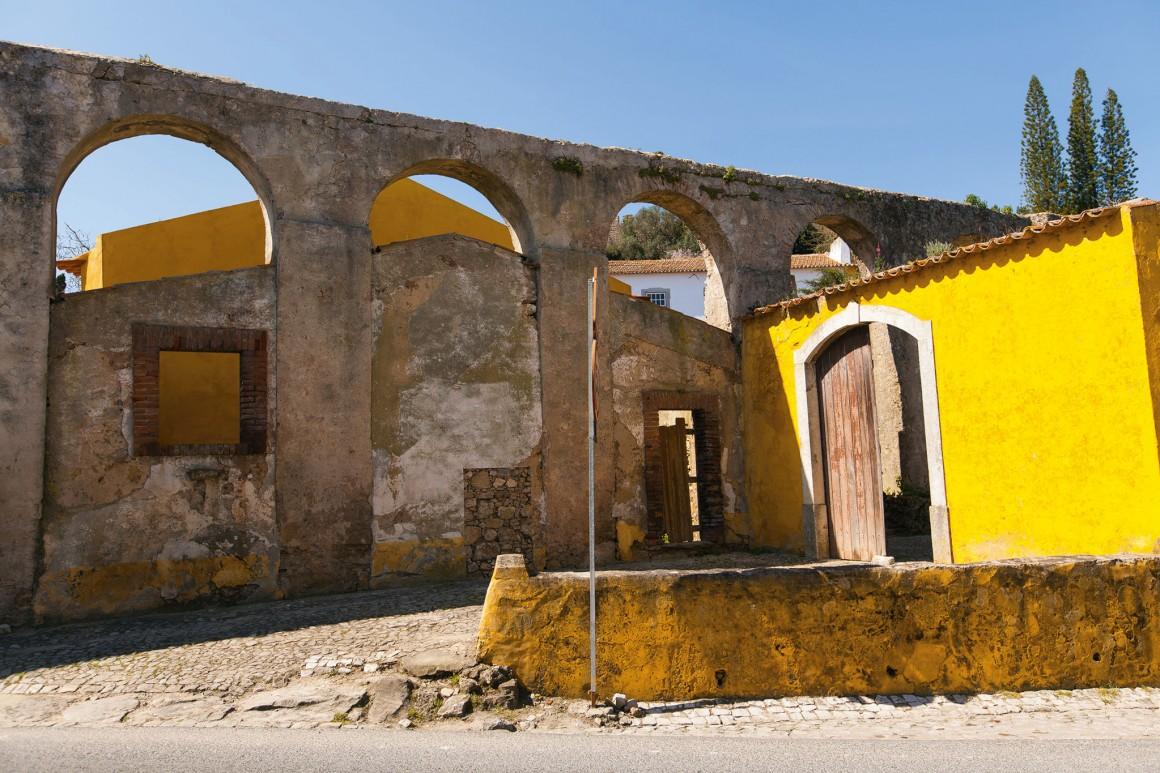 Óbidos, o chamado Aqueduto da Usseira