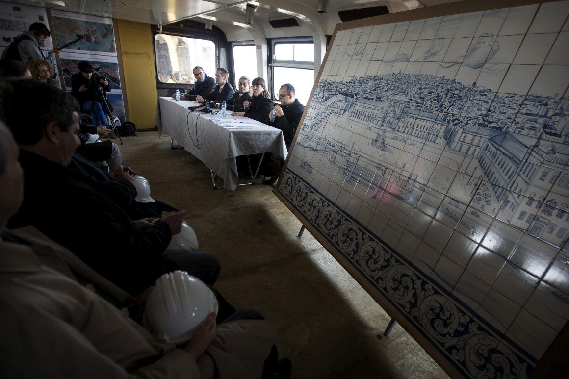 No cacilheiro, durante a apresentação do projecto em Fevereiro 2013