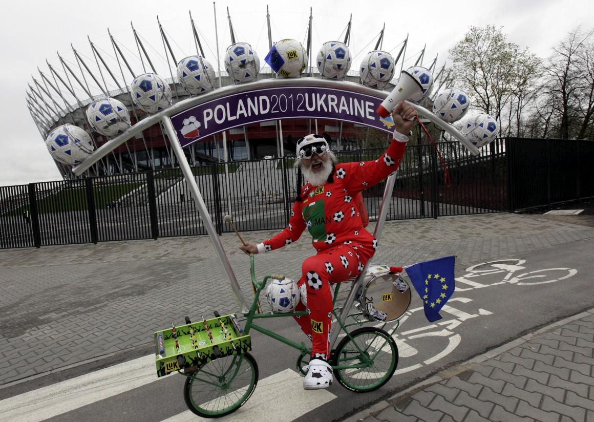 Aqui, na Polónia, celebrou o Europeu de futebol em 2012,