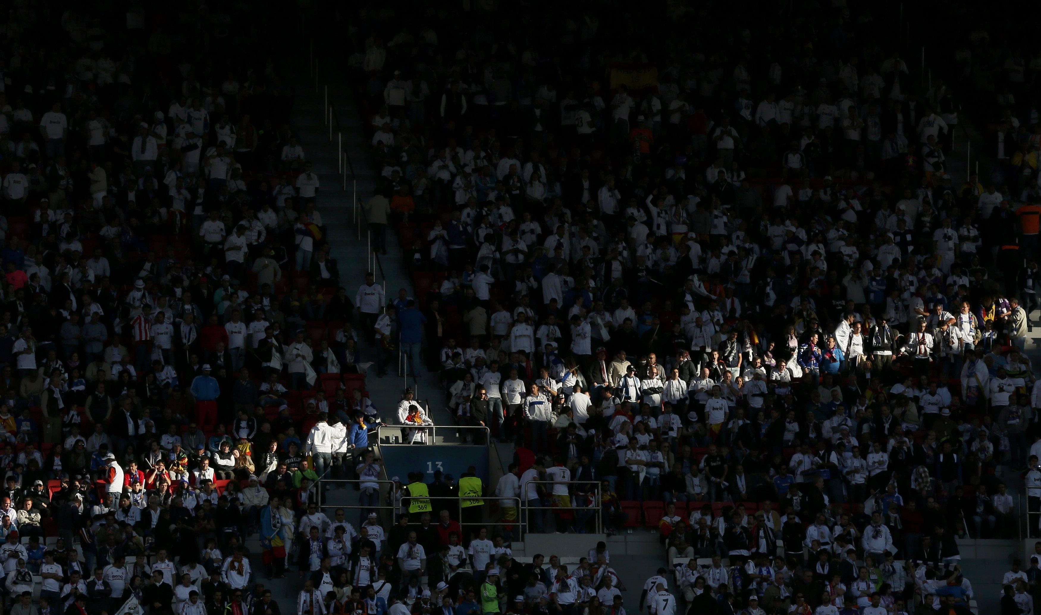 Estádio da Luz cheio para assistir ao jogo