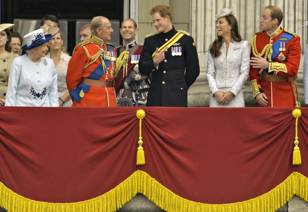 A família real durante a cerimónia que marcou o 88.º aniversário de Isabel II